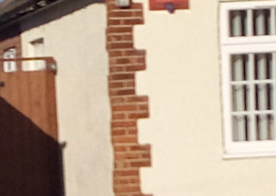 Render/Brick Corner Pilar